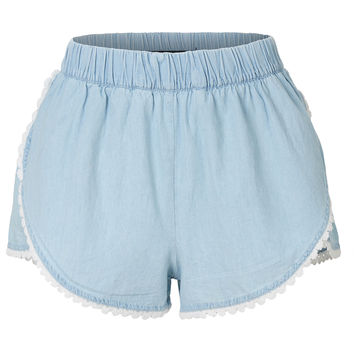 LE3NO Womens Lightweight Crochet Hem Denim Shorts with Elastic Waistband