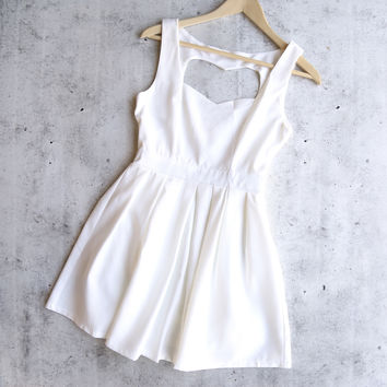 heart cutout dress - white