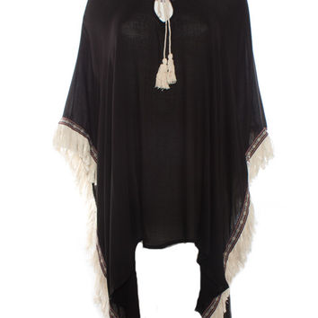 On The Road Cape With Fringe Detail (Black)