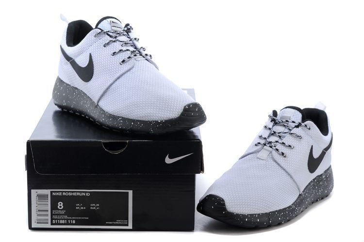 Nike Roshe Run Mens Oreos White Black Cheap Sellf
