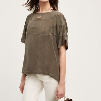 Nu Construction Ravine Top in Moss Size: