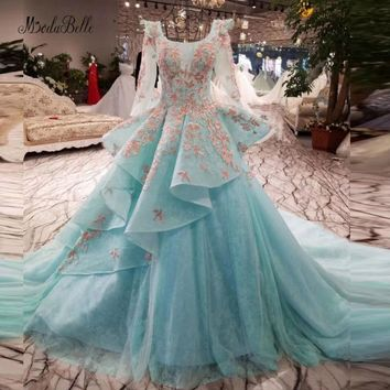 modabelle Embroidery Beaded Puffy Prom Ball Gowns Sexy Backless Vintage Long Blue Tulle Floral Prom Dress With Sleeves Lace 2018