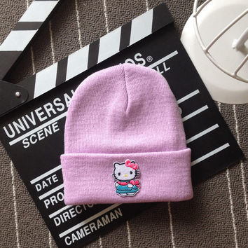 Hello Kitty Embroidered Patch Womens & Mens Beanie Wool Knitted High Quality Light Purple Cuffed Skully Hat
