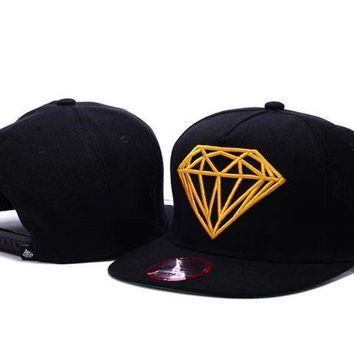 DCCKBE6 Diamond Brilliant Snapback Hat Black-Yellow