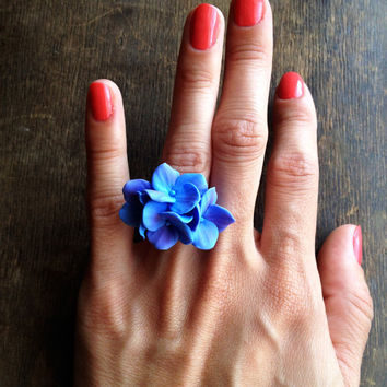 Hydrangea ring, flower ring, floral ring, blue hydrangea, hydrangea flower, hydrangea plant, hydrangea jewelry, handmade, polymer clay ring