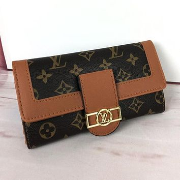 LV Hot Sale Fashionable Women Shopping Leather Wallet Purse Brown