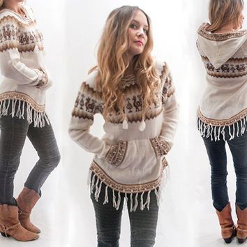 70s Alpaca Fringe Sweater - Vintage Hoodie | Womens Size Small XS Mexico LLama Wool Knit Long Sleeved Hooded Winter Top White Chevron Brown