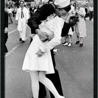 "0-012216>37x25"" Kissing on VJ Time Square Framed Art Gel Coated"