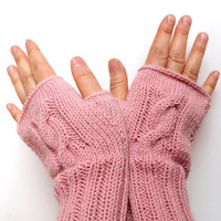 Knitting Fingerless Gloves. Fashion 2013. Girls Women. . Love. Pastel Pink. Heart. Winter collection. Etsyxo. Valentine's Day