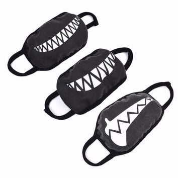 1PC Fashion Lovely Women Men Cartoon Funny Teeth Black Cotton Black Mouth Anti-fog Anti-bacterial Half Soft Teeth Mouth Mask