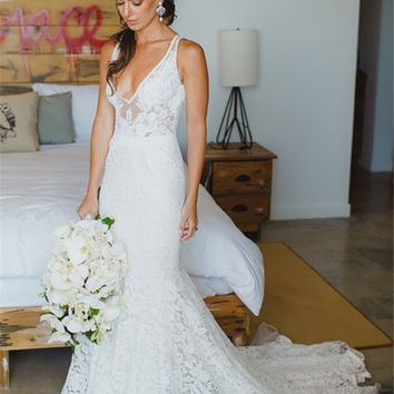 Deep V-Neck Sleeveless Mermaid Lace Summer Wedding Dress Bohemian Open Back Boho Bridal Dresses