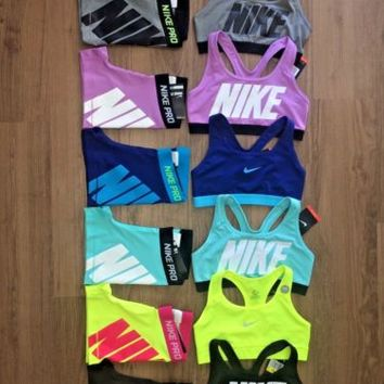 nike pro shorts and bra set