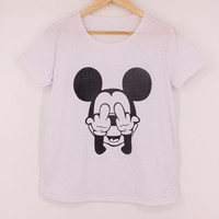 Summer Style Funny Mickey Mouse Printed Fuck You Middle Finger Hands White Disney T Shirts Fashion Women's Short Sleeve Lady Harajuku Style Hipster Tee Top