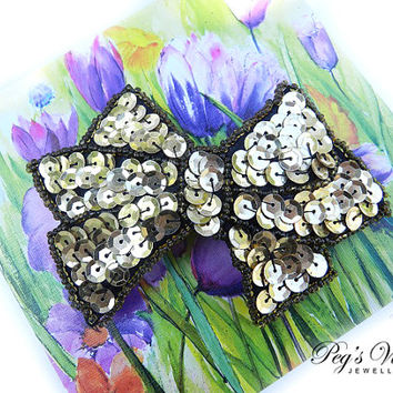 GORGEOUS Gold And Black Sequin Hair Bow//Barrette Vintage Fashion Accessory