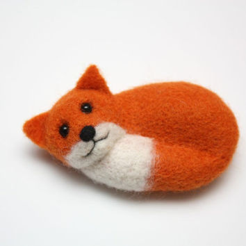 Cute Red Fox Brooch, miniature needle felted, 3.2 inches