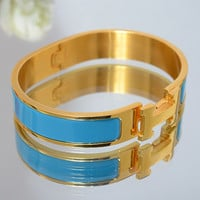 Hermes Woman Fashion Logo Enamel Bracelet