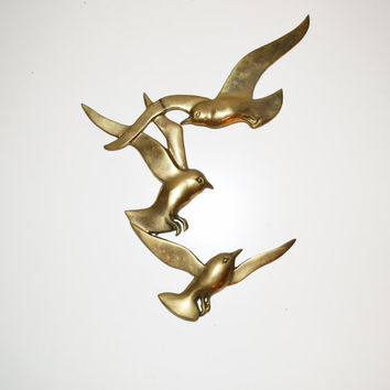 Vintage Brass Birds Wall Hanging Birds in flight sculpture Mid Century Modern Minimalistic Abstract Birds Wall Hanging