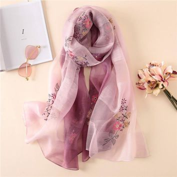 hot 2018 luxury brand women's scarves fashion lady shawls silk scarves summer pashmina Embroidery bandana female foulard stoles
