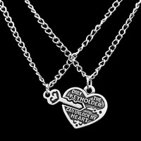 Jewelry Gift New Arrival Shiny Stylish Lock Simple Design Love Necklace [10232196679]