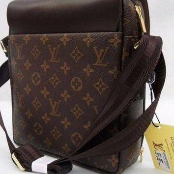 DCCKHI2 LOUIS VUITTON Messenger Bag