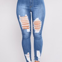 Veronique High Rise Jeans - Medium Wash