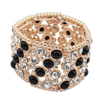 Pearl and Shine Stretch Cuff Bracelet
