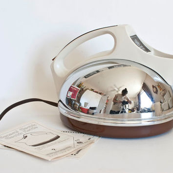 Vintage Streamline Chrome Electric Tea Kettle, General Electric Plug In Tea Pot, NIB, KE720