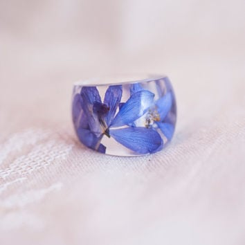 Ring with a blue flower. Epoxy resin jewelry. Cocktail ring. Ring size (US) 9.