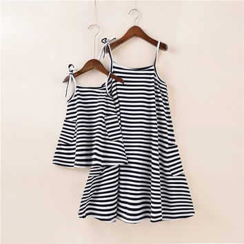 1pcs Summer Style Family Matching Outfits Mother Daughter Dresses black and white Striped Dress Ankle-Length Mother & Kids cloth