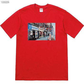 Supreme 2018 Summer New Street View Architecture Grocery Print Short Sleeve T-Shirt F-AG-CLWM red