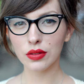 Cat Eye Glasses | Buy Vintage Cat Eye Glasses Frames & Sunglasses Online