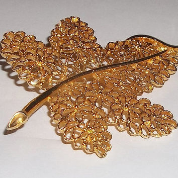 Vintage Mamselle Goldtone Maple Leaf Pin