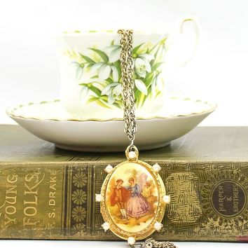 Vintage Cameo Locket Necklace - Vintage West Germany Necklace - Cameo Necklace - Locket Necklace - Gift for her - Mom Gift - Girlfriend Gift