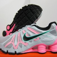 NEW NIKE WOMENS SHOX TURBO+ 13 [525156-016]  Wolf Grey-Polarized Pink-Teal