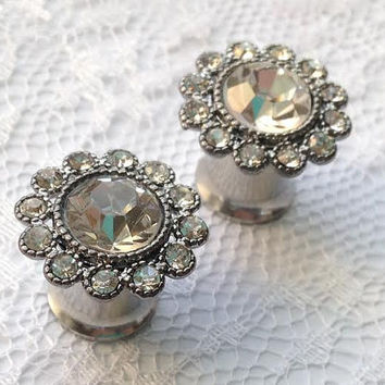"""Silver Clear Jewels Flower Vintage Style Wedding Fancy Pair Plugs Gauges Size: 0g (8mm), 00g (10mm), 1/2"""" (12mm)"""