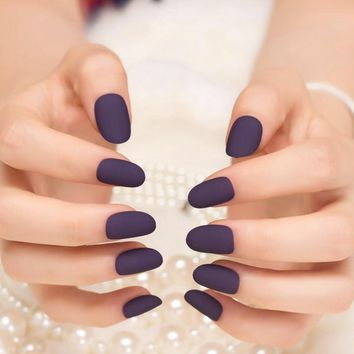 24pcs Sexy Frosted Deep Purple Fake Round Hand Nails Simple Beauty Kiss Nail Artificial False Nail Art Tips Z070