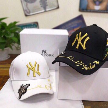 """""""New York Yankees"""" Unisex Fashion Bee Letter Embroidery Baseball Cap Couple Casual Peaked Cap Sun Hat"""