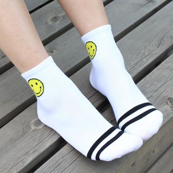 Womens Smile Striped Socks