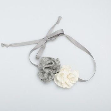 Knitted ruffle flower headband / Baby alpaca wool / cotton ribbon / girl / baby accessory / gray / white headband