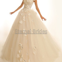 Off Shoulder Bodices with Pearl Beaded handmaking flowers Tulle Ball Gown/Ball Wedding Dresses corset closure/chapel Train
