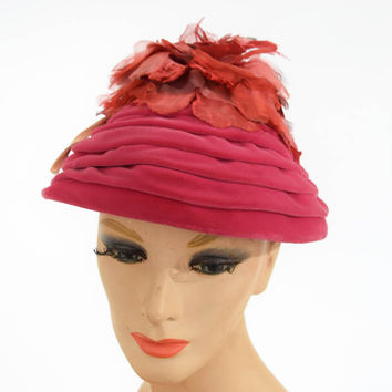 50s 60s Pink Velvet and Flower Beehive Hat