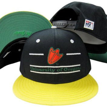 Oregon Ducks Classic Split Bar Snapback Adjustable Plastic Snap Back Hat / Cap