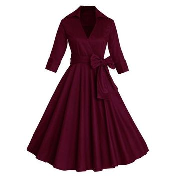 Elegant Vintage 1950's Turn Down Collar Half Sleeve Dress