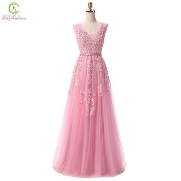 2017 SSYFashion Sweet Pink Lace Long Bridesmaid Dresses V-neck Sleeveless Backless Sexy Prom Dress Custom Plus Size Party Gown