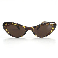 Amber Cat Eye Frame Vera Sunglasses / Free Ship USA