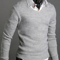 Light Gray V-Neck Pullover Knit Shirt
