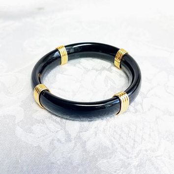 Vintage 1980s Black and Gold Bangle, 80s Black Bangle, Vintage Bracelet Costume Jewelry Retro Fashion Accessory