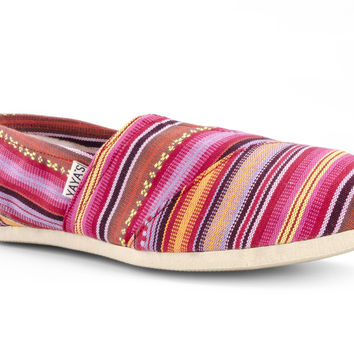 Yayas Mexico - Pink Canvas Slip-On Shoes