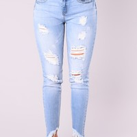 Something About These Booty Lifting Jeans - Light Wash