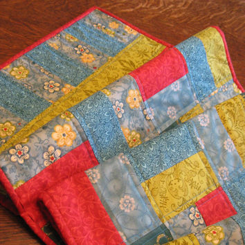 Quilted Table Runner, patchwork in a Rail Fence pattern.  Beautiful palette of Summer colors